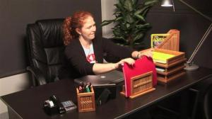 how-to-organize-a-desk.WidePlayer